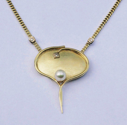 Collier, oval
